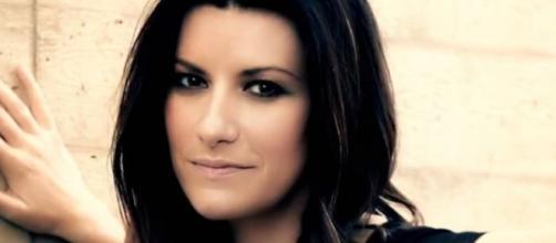 Laura Pausini testo Lato destro del cuore