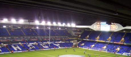 O White Hart Lane recebe o líder da Premier League