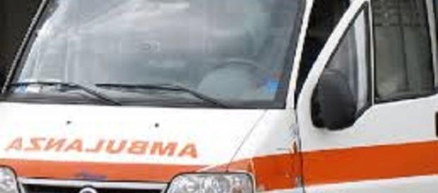 Incidente stradale: un morto sulla ss 106.