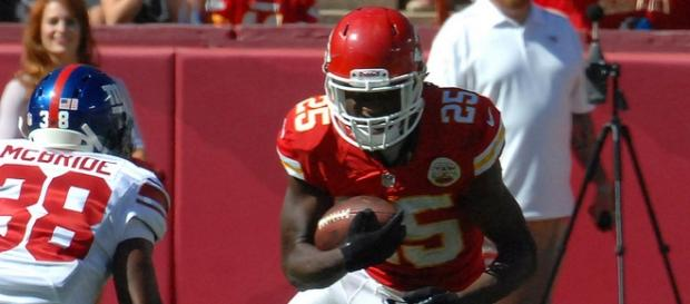 Packers defense must contain RB Jamaal Charles.