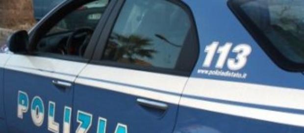 Poliziotti impegnati in un intervento