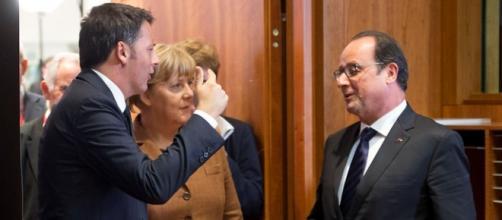 Renzi a Bruxelles con la Merkel e Hollande