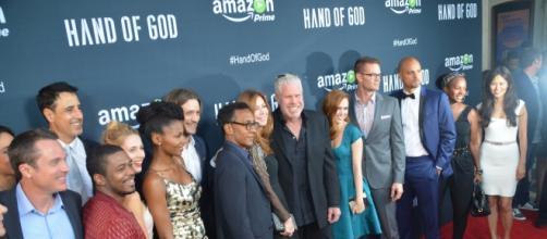 El reparto al completo de la serie Hand of God