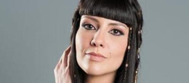 Camila Rodrigues vive a rainha Nefertari