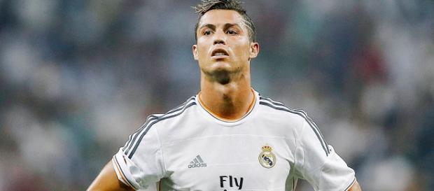 Cristiano Ronaldo é novamente atacado.