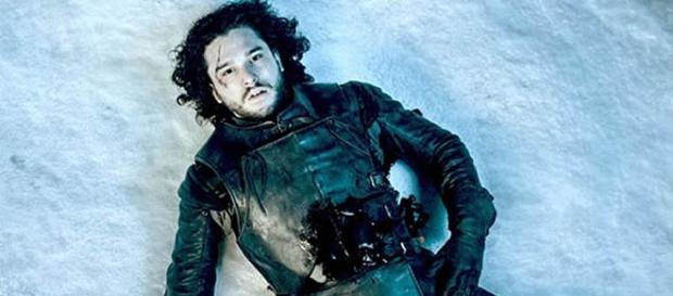 Jon Snow muere al final de la quinta temporada