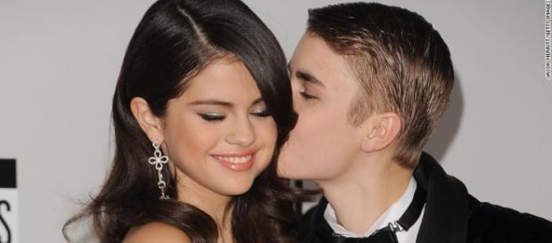 Selena Gomez elogiou o seu ex-namorado.