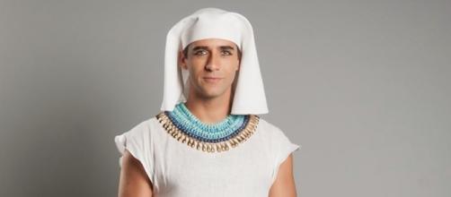 Rafael Sardão é Uri em 'Os Dez Mandamentos'
