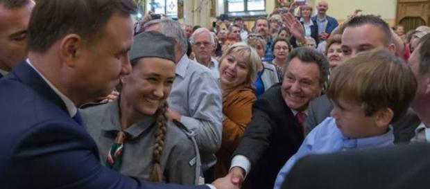 Andrzej Duda tłumnie witany w USA.