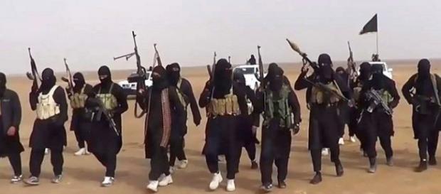 Franța atacă gruparea jihadistă Stat Islamic