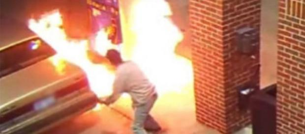 Incediu la benzinarie din cauza unui paianjen