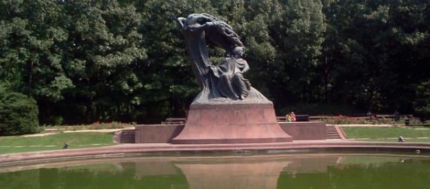 Pomnik Chopina w Łazienkach. Fot.K. Krzak