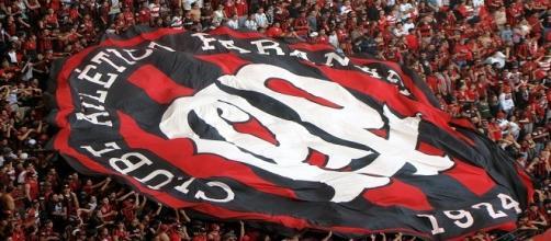 Atlético Paranaense contrata treinador português