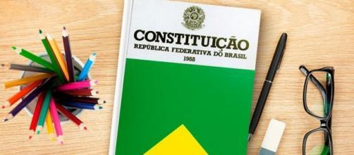 Projeto é do senador Romário (PSB)