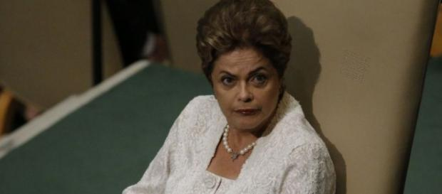 Dilma só possui 150 deputados fiéis a ela