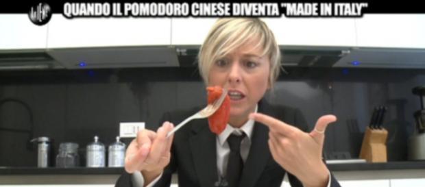 """Quando il pomodoro cinese diventa """"made in Italy"""""""