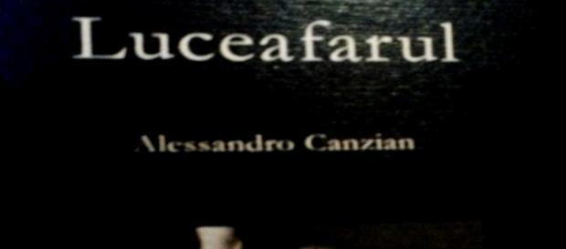 Volumul cu poemul Luceafărul tradus în italiană