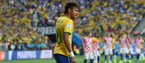 Neymar, uomo copertina dell'edizione 2016 di PES