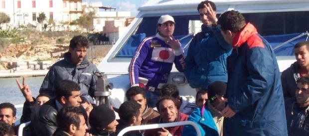 Migranti: l'emergenza continua.