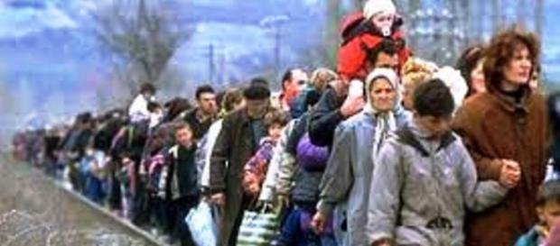 uchodźcy chcą dotrzeć do Niemiec i do Austrii