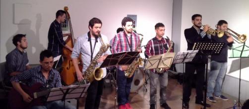Noneto Jazz House Ensemble, de alumnos de JAZZUV