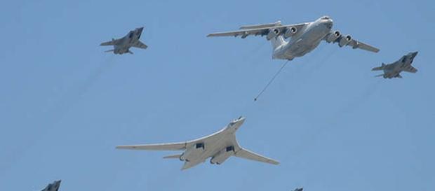 Avioane de vânătoare-bombardament ruseşti
