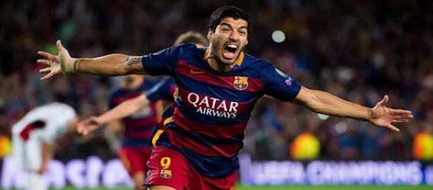 Suárez desata el delirio con el 2-1