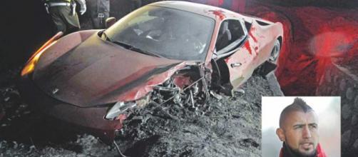 La Ferrari di Vidal distrutta dopo l'incidente
