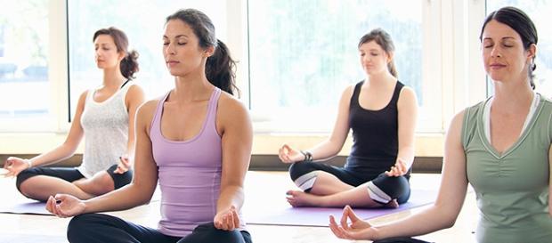 Yoga pode ajudar no combate ao estresse