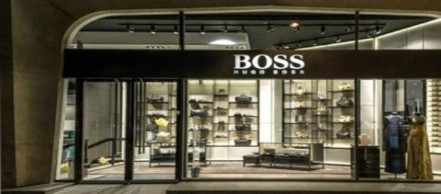 Un negozio della griffe Hugo Boss