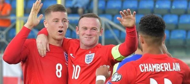 Wayne Rooney celebrating his goal.