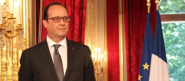 Presidente da França vai atacar o EI.