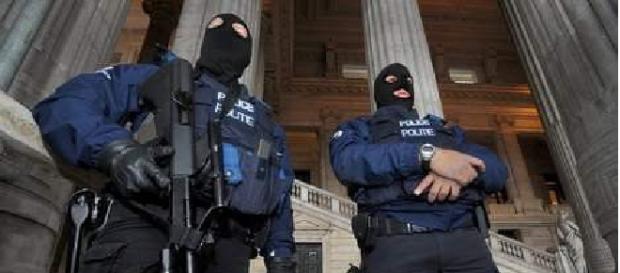 Cinci români sunt judecați în Bruxelles