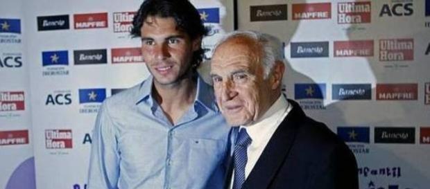 Tenista Rafael Nadal ao lado do avô