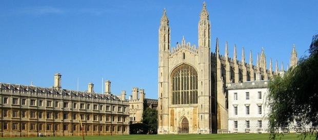 Universidade Cambridge na Inglaterra.