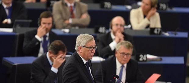 Juncker wezwał Europę do jedności-telegraph.co.uk