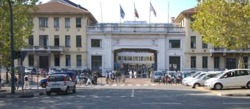"""Nella foto l'ingresso delle """"Molinette"""" di Torino"""