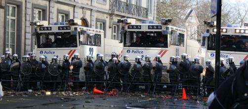 Polizia schierata a Bruxelles.