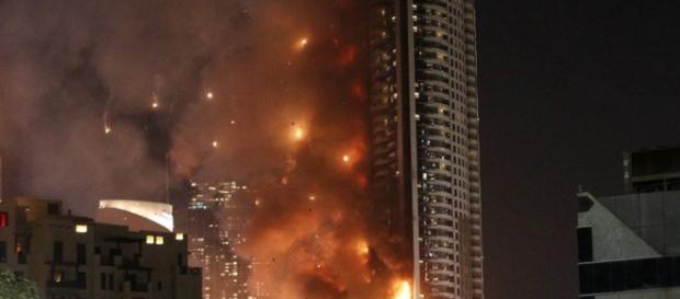 O incêndio provocou 16 feridos