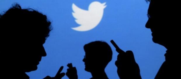 Twitter acaba com a privacidade de políticos