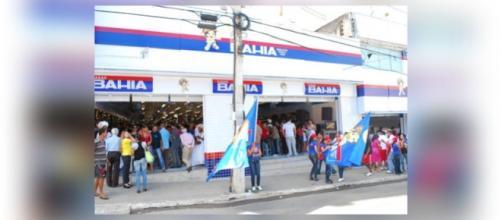 Casas Bahia e Ponto Frio fecham lojas pelo país