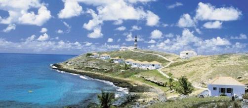 Praia de abrolhos localizada na Bahia