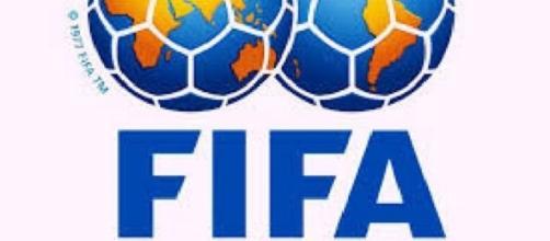 Logo de la FIFA, máximo organismo del fútbol.