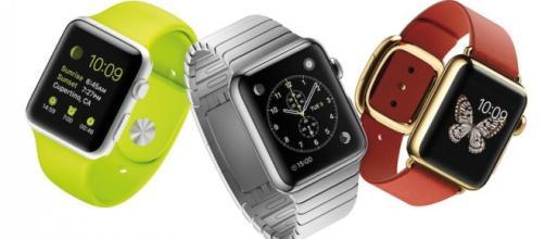 Os três modelos Apple Watch lançados em 2015
