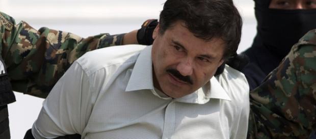 El Chapo Guzmán siendo capturado