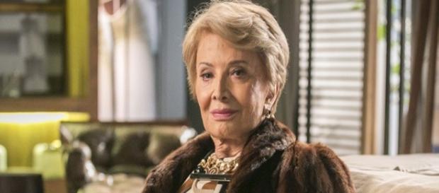 Glória Menezes (Stelinha) em cena da novela