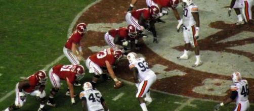 Alabama on offense against the Tigers.