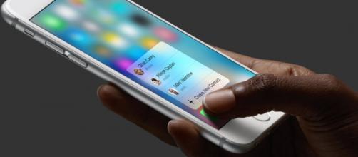 Foto del iPhone 6S con el sistema 3D touch.
