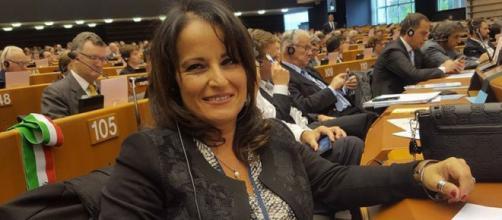 Il sindaco di Quarto, Rosa Capuozzo