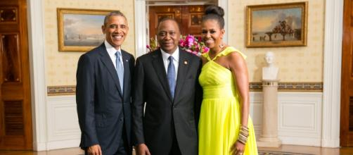 Pres. Kenyatta w/ US President and First Lady/wiki
